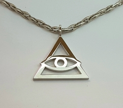 Подвеска «Всевидящее око» 30370