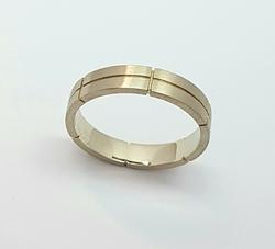 Кольцо обручальное 10207